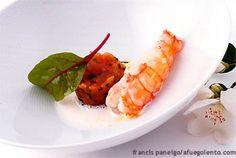Tartar de tomate con cigala y ajo blanco