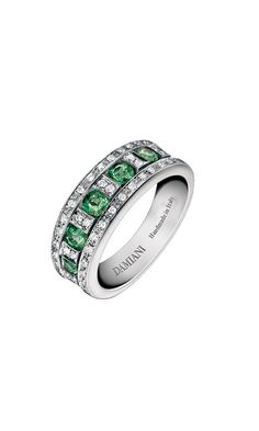 Belle Époque white gold, diamonds and emeralds ring