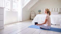 Get out your phone & download these yoga apps (while breathing deeply)