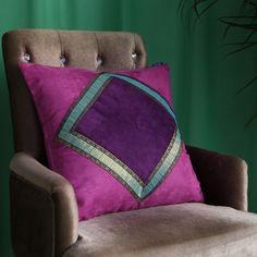 Diy Cushion, Cushion Covers, Throw Pillow Covers, Geometric Pillow, Fabric Bags, Soft Furnishings, Diwali, Blouse Designs, Decorative Throw Pillows