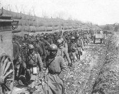 Battle of Verdun; Column of German prisoners. ––Les Français à Verdun… Bataille De Verdun, In Memory Of Dad, World War One, France, History Photos, Kaiser, Vintage Photos, Battle, The Past