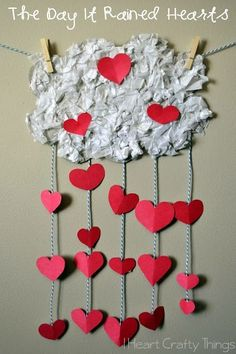 Kids Valentine's Craft to go along with The Day It Rained Hearts by Felicia Bond
