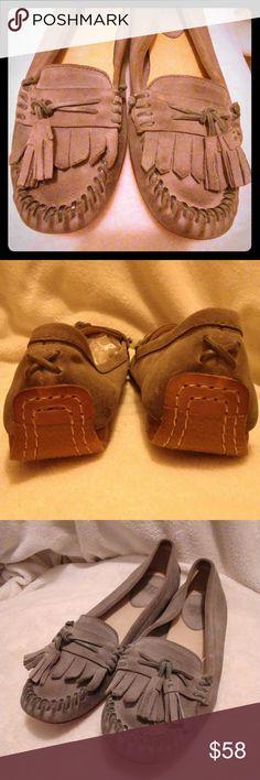 Frye alex tassel moc in gray Like new Leather detail with tassel Size 11M Frye Shoes