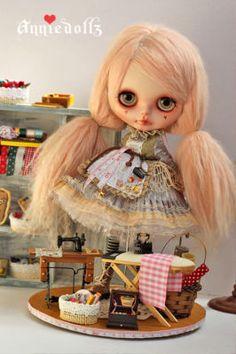 Annie Dollz
