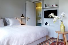Contemporary design and unusual architecture for demanding travellers. Adelboden, Design Hotel, Hotel Bellevue, Hotel Meeting, Spa, White Building, Boutique Design, Workout Rooms, Timeless Elegance