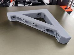 DIY - Printing Right Angle Brace for V-Slot Bear Upgrade - Helper tool by - Thingiverse Typ 3d Printer Designs, 3d Printer Projects, Tool Design, 3d Design, Useful 3d Prints, Atelier Creation, 3d Printing Diy, 3d Printed Objects, 3d Modelle