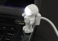6.000 Ft helyett 3.490 Ft: Ne hunyorogj tovább a sötétben! USB-s LED-lámpa, amivel tökéletesen megvilágíthatod a laptopod billentyűzetét Usb, Laptop, Neon, Astronaut, Lights, Space, Laptops, Neon Tetra