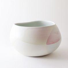 porcelain vessel. studio joo.