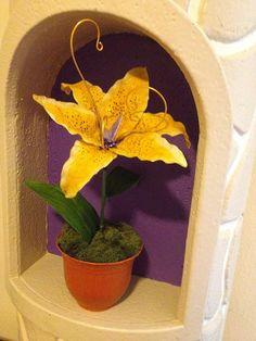Tangled flower