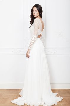 Noel wedding dress from Divine Atelier wedding dresses 2016 - Long sleeve wedding dress  -  see the rest of the collection on www.onefabday.com