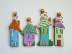 This Pin was discovered by Ana Ceramics Projects, Polymer Clay Projects, Clay Crafts, Diy And Crafts, Fimo Clay, Clay Houses, Ceramic Houses, Ceramic Clay, Ceramic Pottery