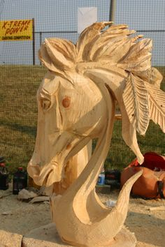 Chainsaw-carved Horsehead by professional chainsaw carver Ben Risney