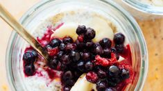 Make-ahead breakfast: 3 delicious (and healthy) recipes to try Make Ahead Breakfast, Acai Bowl, Oatmeal, Healthy Recipes, Night, How To Make, Food, Acai Berry Bowl, The Oatmeal