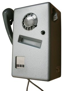 De telefoon uit de telefooncel, een kwartje per gesprek? toen bleven ze nog gewoon heel.