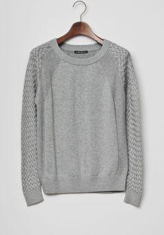 VIVIENNE TAM - Mesh sleeve sweater