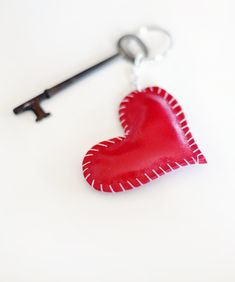 DIY - Leather Heart Key Ring - Full Step-by-Step Tutorial.