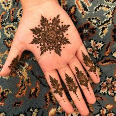94 Easy Mehndi Designs For Your Gorgeous Henna Look Henna Hand Designs, Dulhan Mehndi Designs, Henna Tattoo Designs, Mehendi, Mehndi Designs Finger, Palm Mehndi Design, Stylish Mehndi Designs, Mehndi Designs For Beginners, Mehndi Designs For Girls