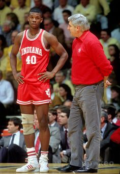 Calbert Cheaney wasn't a star with the Bullets/Wizards but was deadly from the baseline at Indiana. Indiana Basketball, Basketball Coach, College Basketball, Basketball Players, Bob Knight, I Miss My Mom, Iu Hoosiers, College Hoops, Hoop Dreams