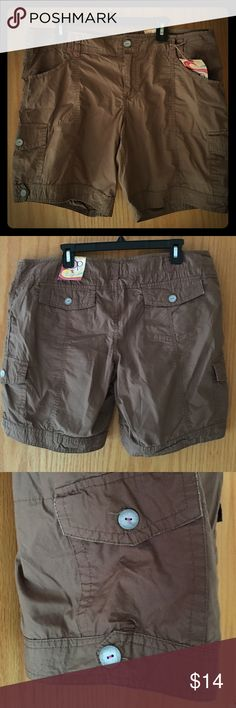 "Juniors OP Bermuda cargo shorts, size 15 NWT Juniors size 15 bermuda shorts by OP, color-""Obsidienne"". Deep brown color with hot pink and brown stitching. Zipper fly and button closure. Also has gray buttons on the back and side pocket flaps and on cuff hems. 100% cotton, measurements given by manufacturer: W37.5x L8 OP Shorts Bermudas"