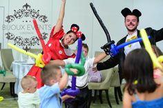 Animatorii la petreceri pentru copii Constanta vor antrena copiii, ii vor organiza in jocuri interactive si amuzante si le vor face baloane modelabile si pictura pe fata! - 0762838354 https://www.facebook.com/petrecericopiiinconstanta