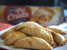 Aprende a preparar unas ricas Empanaditas de Papa, perfectas para reuniones y fiestas.