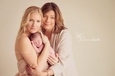 three generations newborn picture. Baby, mother, and grandma, Nine Day Old Baby V : Kennewick West Richland Newborn Photography » Summerland Photography