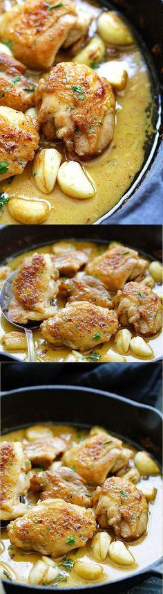 Creamy Garlic Chicken - easy skillet chicken with creamy garlic sauce made with yogurt, white wine and chicken broth. Best with pasta! | rasamalaysia.com: