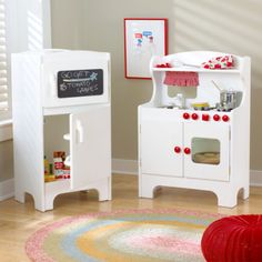 Kids Furniture: to Revamp or to Buy?   I never thought I would post a DIY for a child's kitchen, but I would have JUST LOVED this when I was small!