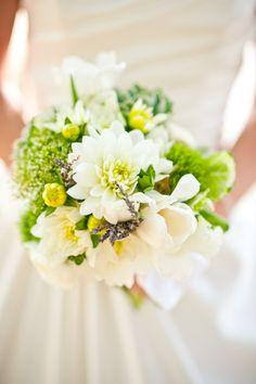 ramo de novia en blanco y verde