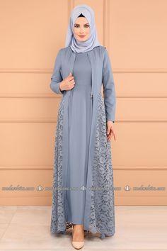 moda selvim Yeleği Dantel 2 Li Kombin MSW8642-S Bebe Mavisi Modern Hijab Fashion, Islamic Fashion, Abaya Fashion, Muslim Fashion, Fashion Dresses, Modern Abaya, Dress Brokat Muslim, Muslim Dress, Dress Brokat Modern
