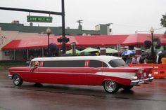 Rockabilly wedding limo so coooollll Custom Trucks, Custom Cars, Vintage Cars, Antique Cars, Wedding Limo, Prom Limo, Summer Wedding, Wedding Reception, Dream Wedding