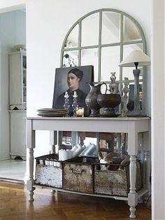 Hall table - Photographer Per Gunnarsson