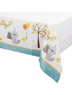 Guests will feel like they're one with nature when they walk into a party room decorated with this Happy Woodland Boy Deluxe Kit. This outdoorsy theme is an exc
