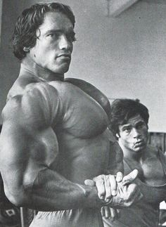 Sculpted To Perfection: 38 Photos From The Golden Era Of Bodybuilding | SimplyShredded.com