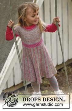 Knitted DROPS dress with skirt worked in garter st from side to side with short rows, and knitted top in stockinette st with round yoke in Fabel. Size 3 to 12 years. Free pattern by DROPS Design. Knitting Patterns Free, Knit Patterns, Free Knitting, Baby Knitting, Knitting For Kids, Crochet For Kids, Knit Crochet, Drops Design, Top Pattern