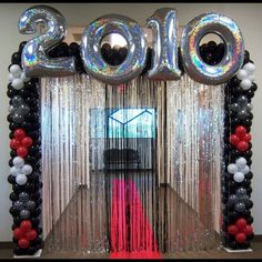 New Year or Graduation Dated Megaloon Balloon Arch
