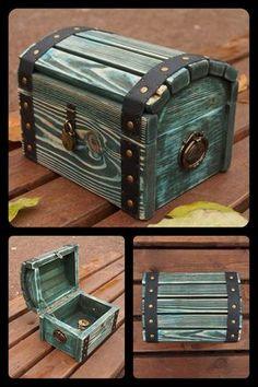 beauty Box wood - wooden storage chest, Blue wood storage box, Treasure chest with padlock Treasure Boxes, Treasure Chest, Wooden Decor, Wooden Diy, Wood Storage Box, Storage Chest, Storage Bins, Wood Chest, Blue Wood