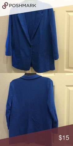 """Blue Jacket Royal blue single button jacket made of 68% cotton, 27% polyester, and 5% spandex. The sleeves measure 20"""" from top and 11"""" under the arm. The front panel measures 28"""". There are two front pockets. Metaphor Jackets & Coats Blazers"""