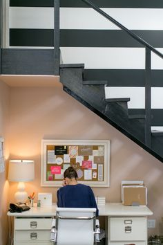 loving this use of space with a desk under the staircase! @SugarPaperla @Glitter Guide #desk #staircase #office