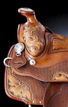 I ride horses in western as the saddle shown above