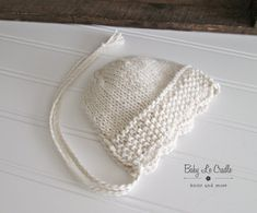 Newborn Bonnet Eco Newborn Girl Bonnet Knit by BabyLeCradle Baby Booties Knitting Pattern, Baby Hats Knitting, Baby Knitting Patterns, Hand Knitting, Knitted Hats, Crochet For Kids, Knit Crochet, Knitted Baby Outfits, Knitting Blogs