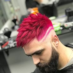 Awesome Hair Color Ideas for Men in 2018 48 Awesome Hair Color Ideas for Men in 2018 - Men's Awesome Hair Color Ideas for Men in 2018 - Men's Hairstyles Dark Pink Hair, Light Blue Hair, Green Hair, Mens Hair Colour, Cool Hair Color, Boys Colored Hair, Dyed Hair Men, Shirt Hair, Hair Dye Colors
