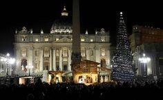 Árbol de Navidad del Vaticano y el Nacimiento que adornan el Vaticano esta Navidad