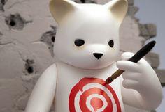 Luke Chueh's Target Vinyl Statue at SDCC | Designer Vinyl Toys & Art Culture | Clutter Magazine
