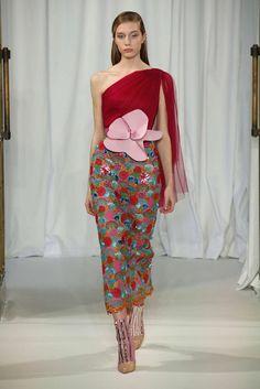 Delpozo, Automne/Hiver 2018, Londres, Womenswear Colorful Fashion, I Love Fashion, Unique Fashion, High Fashion, Vintage Fashion, Fashion 2018, Fashion Week, Fashion Show, Fashion Outfits