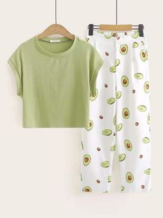 To find out about the Cap Sleeve Tee & Avocado Print Pants at SHEIN, part of our latest Two-piece Outfits ready to shop online today! Cute Pajama Sets, Cute Pjs, Cute Pajamas, Girls Fashion Clothes, Teen Fashion Outfits, Outfits For Teens, Preteen Fashion, Fashion Fall, Latest Fashion