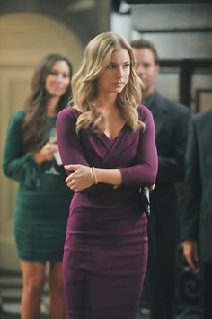 Burgundy dress on Emily Thorne, Revenge - You Know You Love Fashion