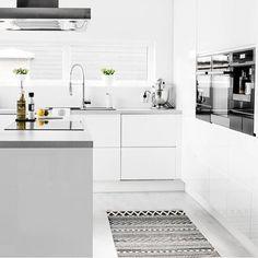 pin von adrianne richard lorentz auf k chen pinterest fliesenspiegel k che fliesenspiegel. Black Bedroom Furniture Sets. Home Design Ideas