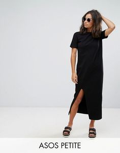 Shop ASOS DESIGN Petite ultimate t-shirt maxi dress. With a variety of delivery, payment and return options available, shopping with ASOS is easy and secure. Shop with ASOS today. Black Tshirt Dress, Maxi Shirt Dress, Dress Black, Asos Petite Dresses, Petite Outfits, Look Fashion, Fashion Outfits, Fashion Spring, Fashion Clothes