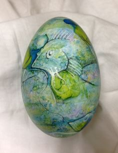 alcohol ink goose egg - mixed media: alcohol inks,black sharpie pen and white paint pen.  (view 2) work in progress.